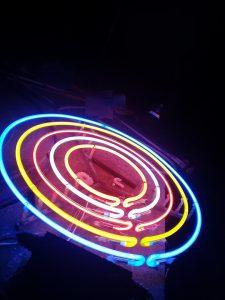 den-neon-sign