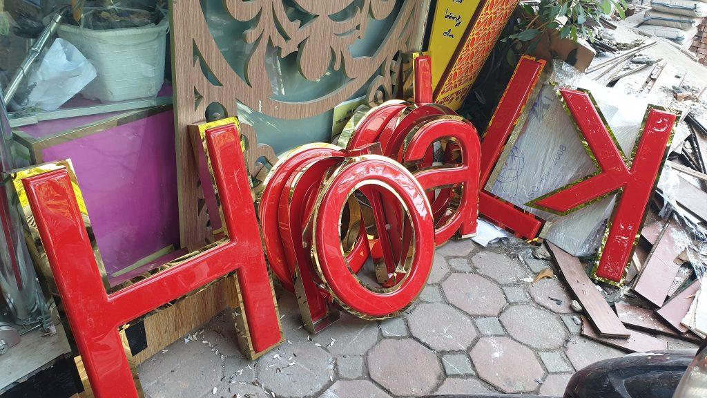 bảng hiệu đẹp làm chữ nổi inox  tại đà nẵng 0974480518