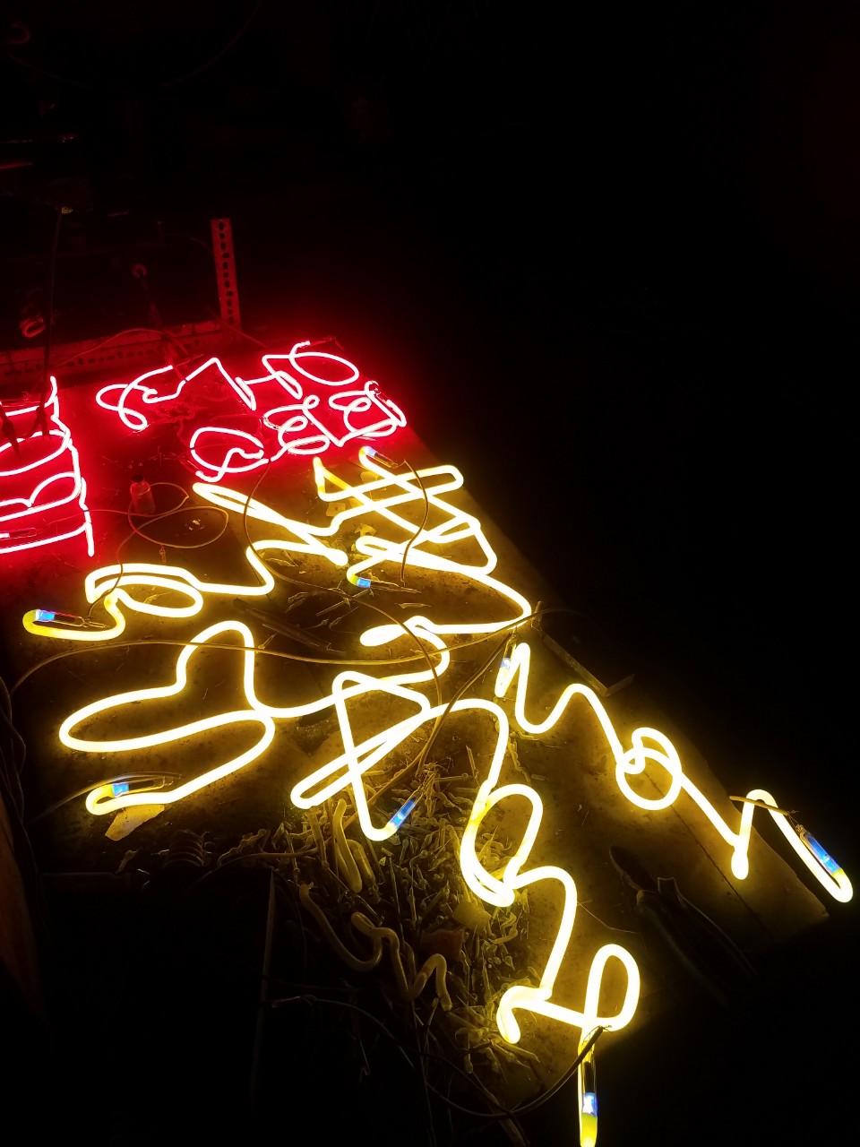 Lò làm đèn neon sign 0974480518