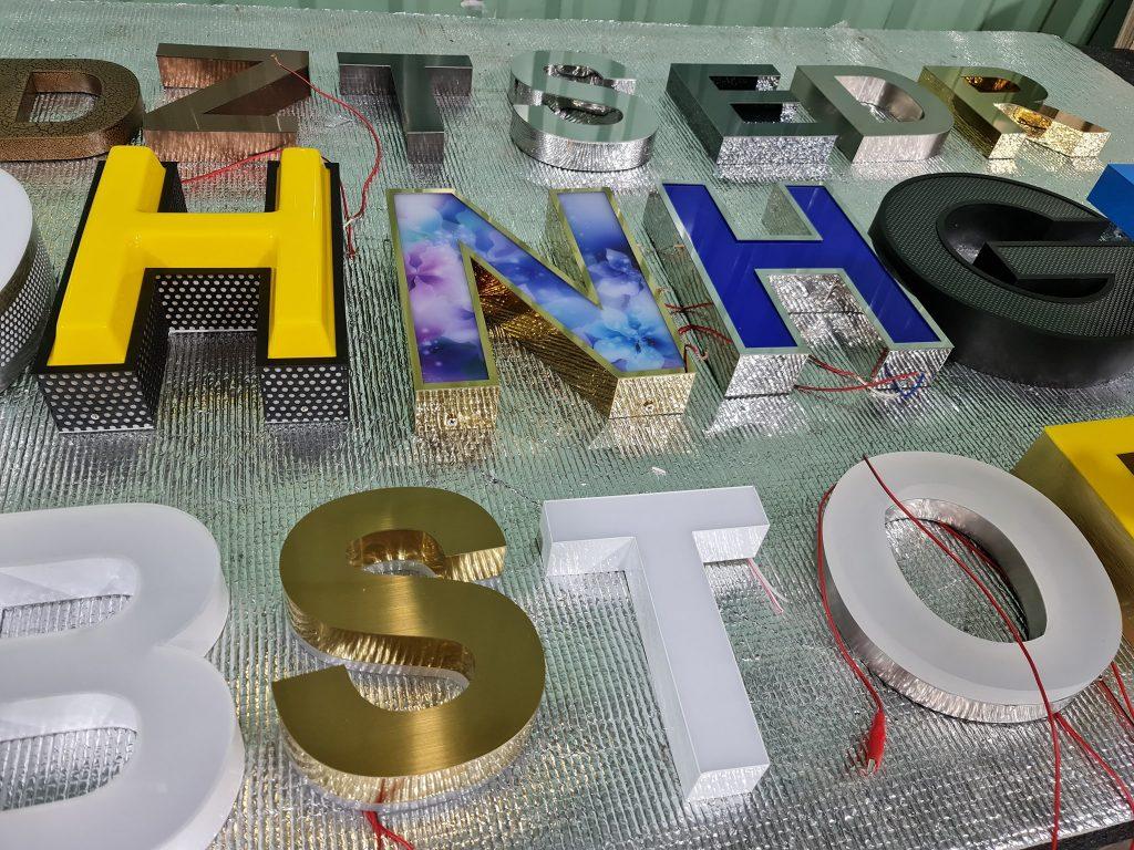 Làm chữ nổi inox tại Đà Nẵng LH: 0974480518