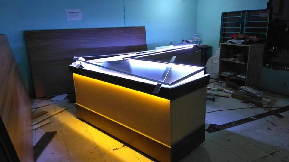 Làm tủ vàng bạc đẹp tại Đà Nẵng LH: 0974480518